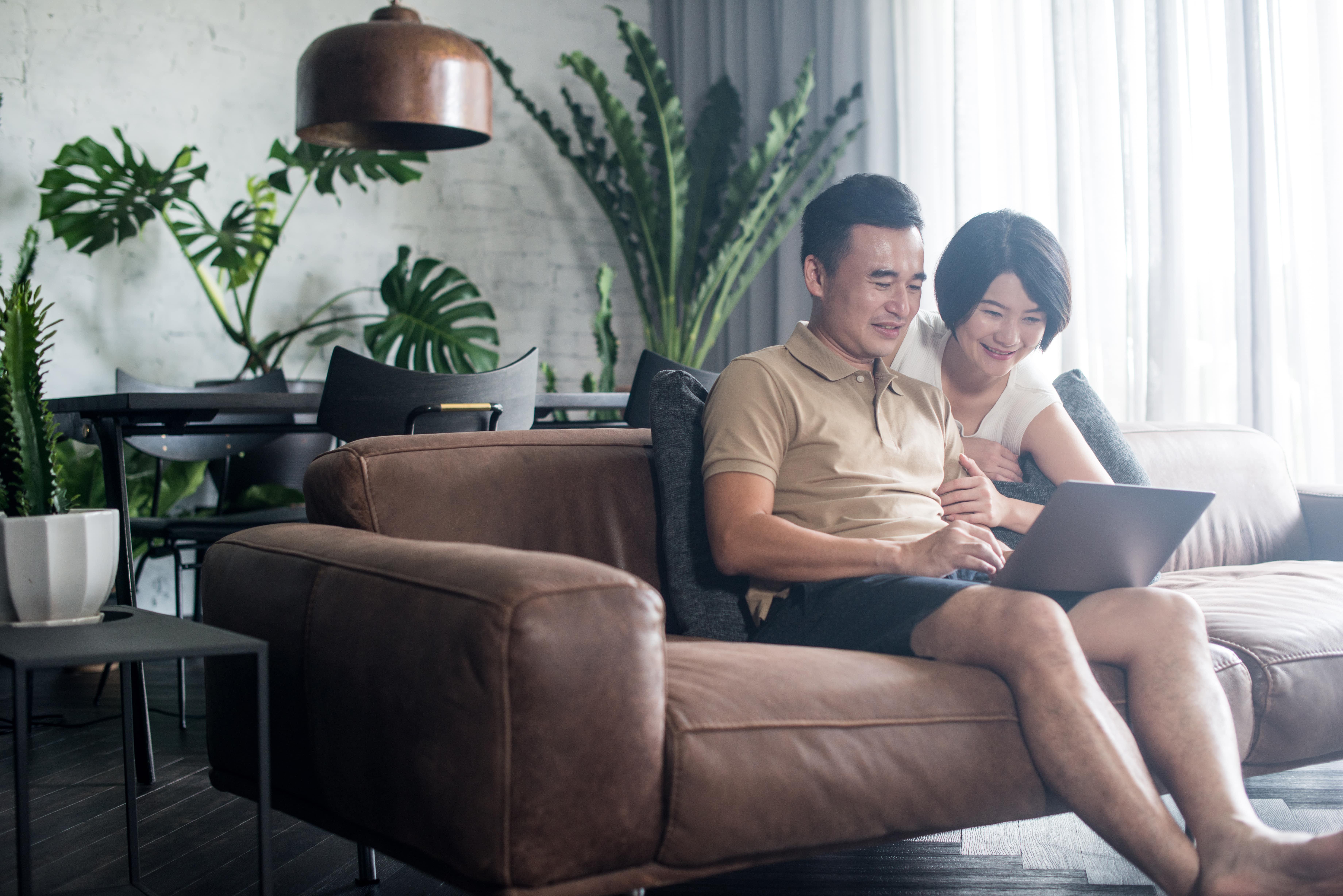 Couple, Laptop, Reading laptop, Smiling Couple
