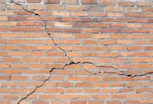 Structural Damage, Crack, Building Maintanence, Home Maintanence