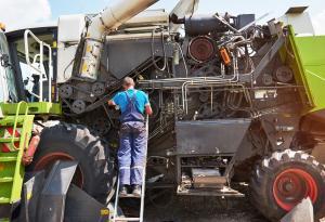 Farm Machinery, Farm Maintenance, Tractor, Repair