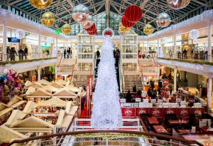 Holidays, Shopping, Christmas Shopping, Christmas, Christmas Tree, Mall