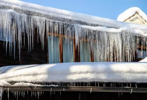 Winter Tips, Frozen, Ice, Icicles, Frozen Pipes